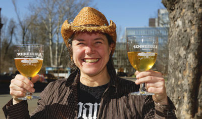 SCHNEEEULE  Yasmin. Berliner weisse con jazmin 3,5%. Berlin (Alemania)